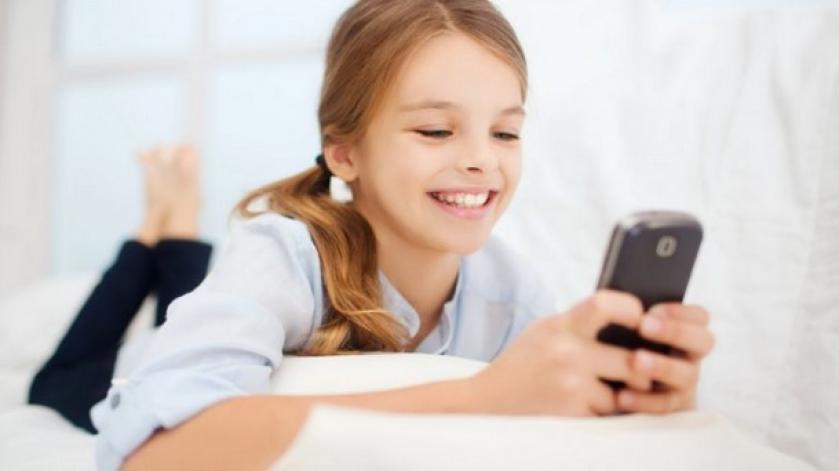 ai-cumpara-un-smartphone-copilului-tau