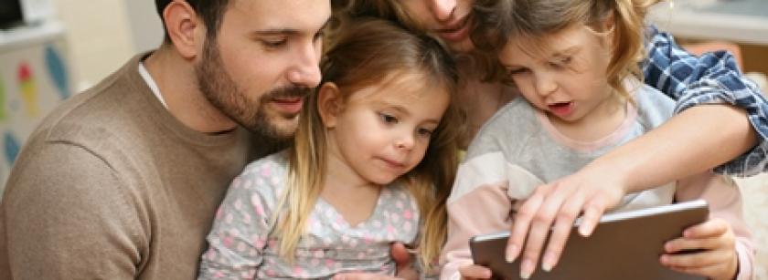 copiii-si-internetul-sau-cum-sa-fii-un-parinte-digital