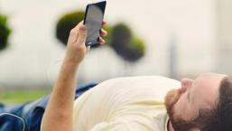 cum-sa-iti-incarci-telefonul-wireless-sau-in-masina