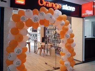 Gaseste Magazine Orange Orange